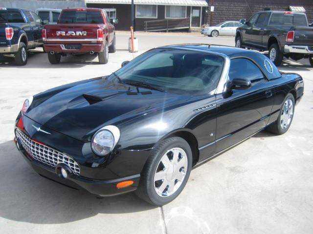 Ford Thunderbird 2002 $16800.00 incacar.com