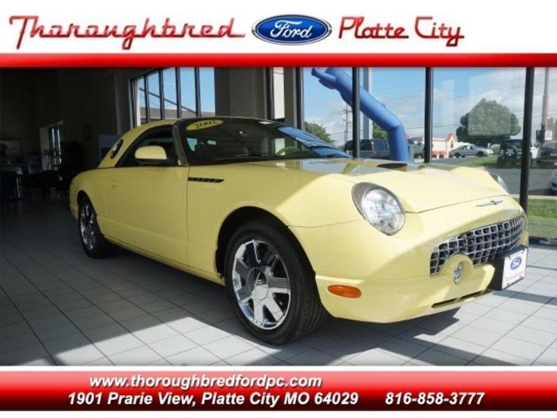 Ford Thunderbird 2002 $19550.00 incacar.com
