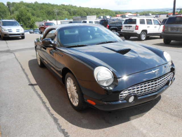 Ford Thunderbird 2002 $17995.00 incacar.com
