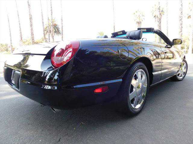 Ford Thunderbird 2002 $14500.00 incacar.com