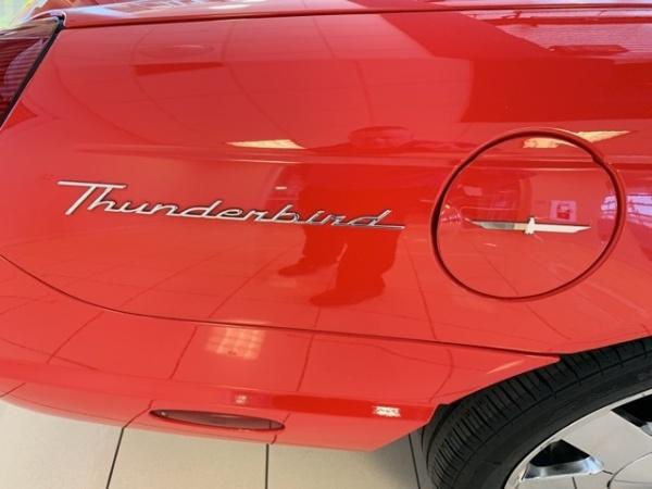 Ford Thunderbird 2002 $18569.00 incacar.com