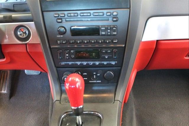 Ford Thunderbird 2002 $10977.00 incacar.com