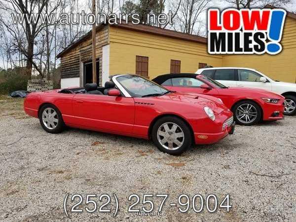 Ford Thunderbird 2002 $15999.00 incacar.com
