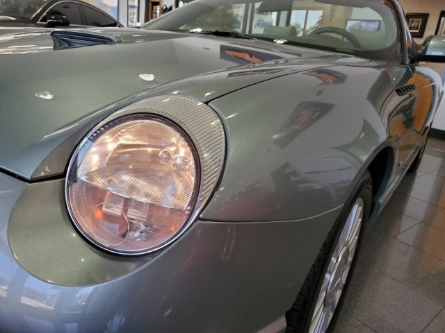 used Ford Thunderbird 2004 vin: 1FAHP63A84Y109020