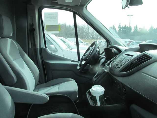Ford Transit 2015 $11900.00 incacar.com
