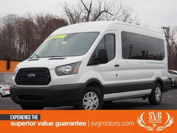 Ford Transit 2017 $40000.00 incacar.com