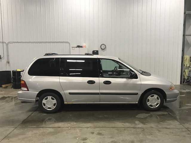 Ford Windstar 2003 $2800.00 incacar.com