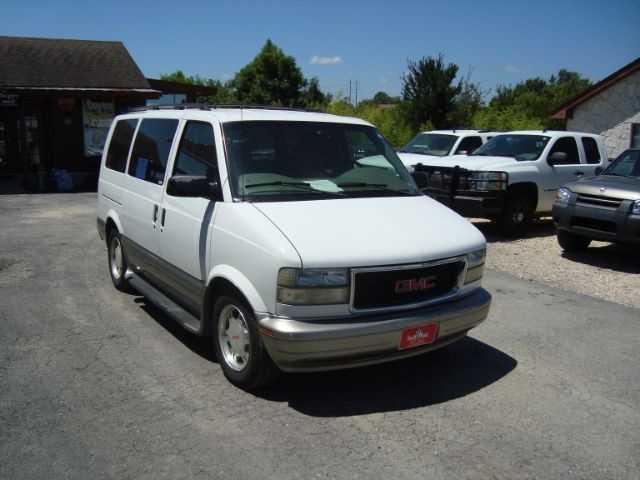 GMC Safari 2003 $7995.00 incacar.com
