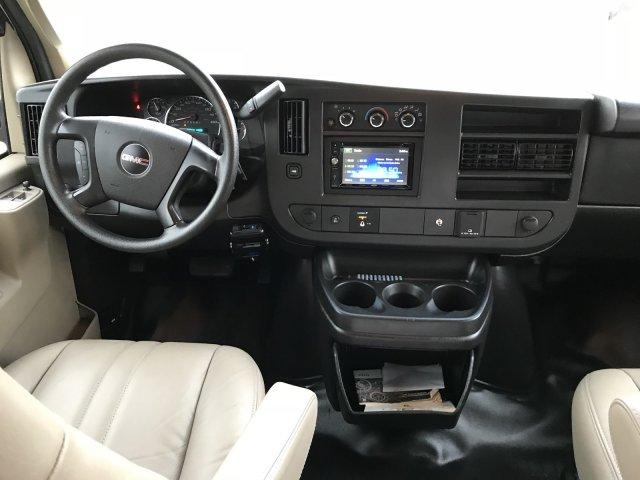 GMC Savana 2016 $23944.00 incacar.com