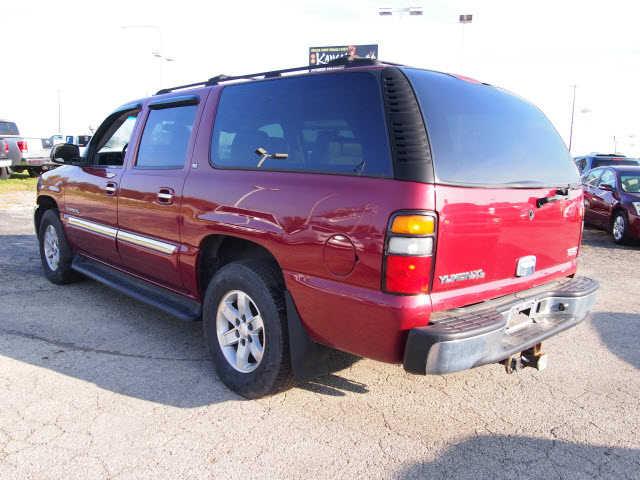GMC Yukon XL 2005 $9980.00 incacar.com