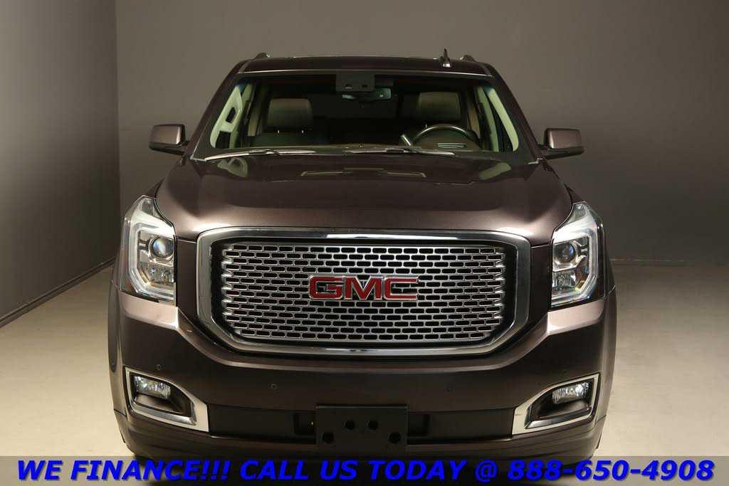 GMC Yukon 2015 $37875.00 incacar.com
