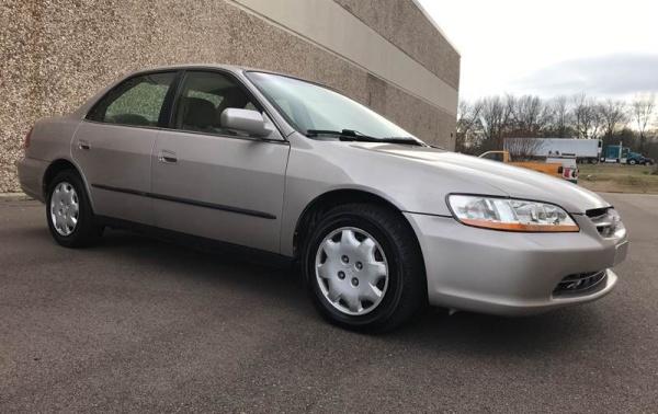 Honda Accord 1998 $4995.00 incacar.com