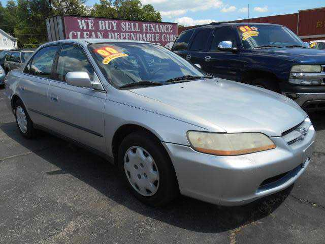 Honda Accord 2000 $4999.00 incacar.com
