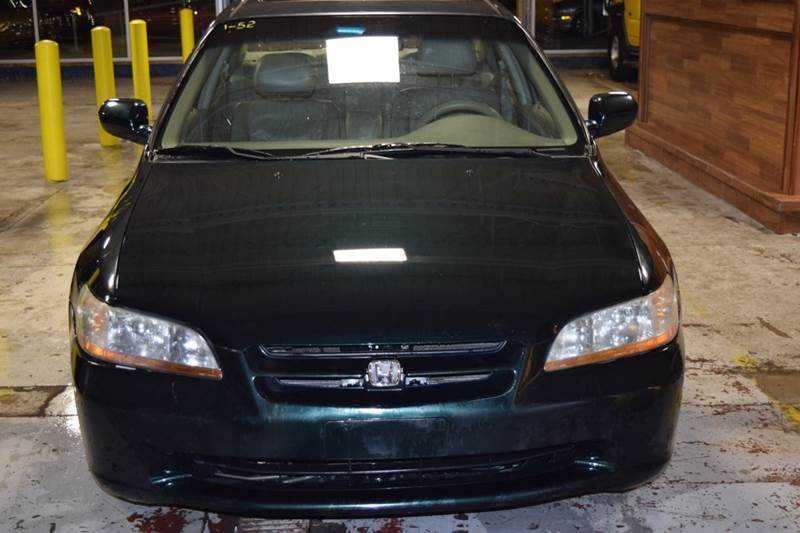 Honda Accord 2000 $2399.00 incacar.com