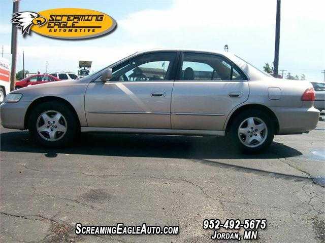 Honda Accord 2000 $5995.00 incacar.com