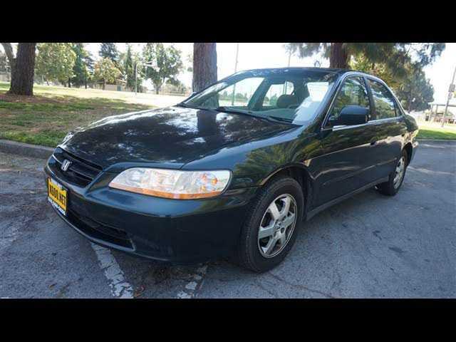 Honda Accord 2000 $3750.00 incacar.com
