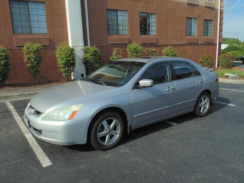Honda Accord 2004 $3900.00 incacar.com