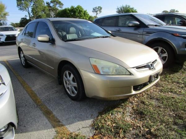 Honda Accord 2005 $7260.00 incacar.com