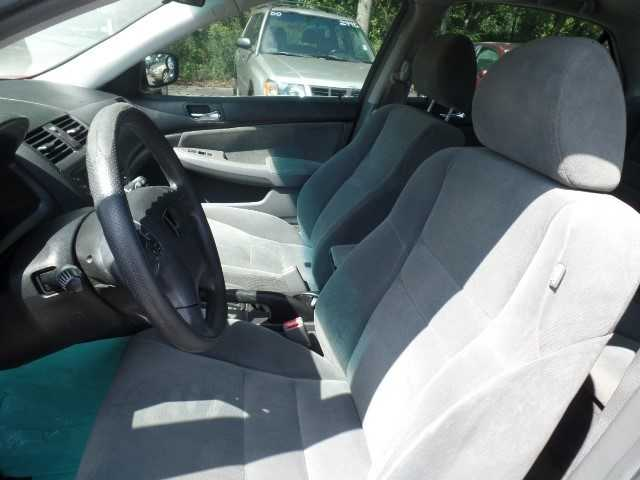 Honda Accord 2005 $3995.00 incacar.com