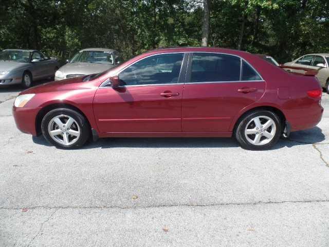 Honda Accord 2005 $3995.00 incacar.com