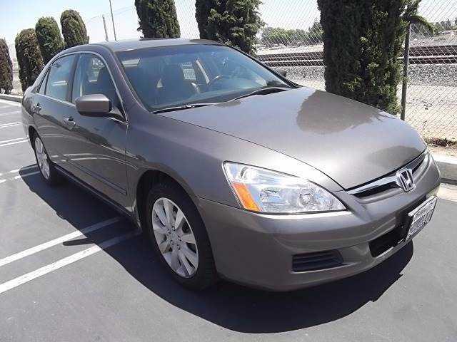 Honda Accord 2006 $6995.00 incacar.com