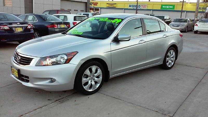 Honda Accord 2009 $7995.00 incacar.com