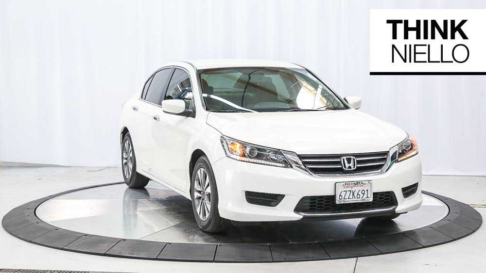 Honda Accord 2013 $12887.00 incacar.com