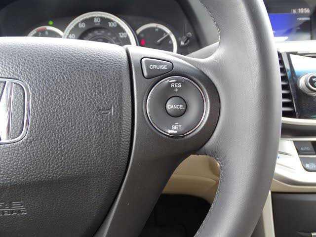 Honda Accord 2013 $14990.00 incacar.com