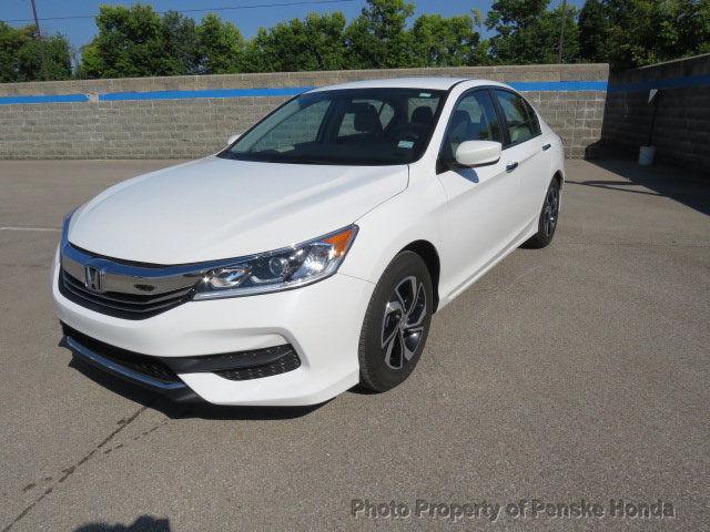 Honda Accord 2016 $18495.00 incacar.com