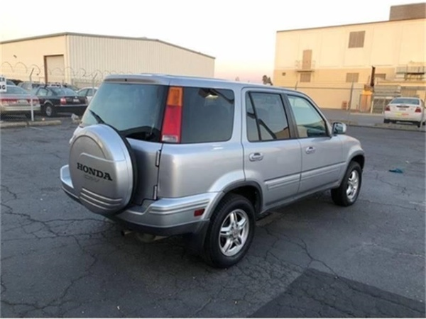Honda CR-V 2001 $3790.00 incacar.com