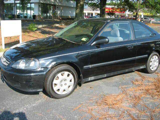 Honda Civic 2000 $2495.00 incacar.com