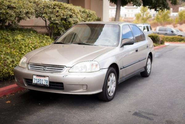 Honda Civic 2000 $3595.00 incacar.com