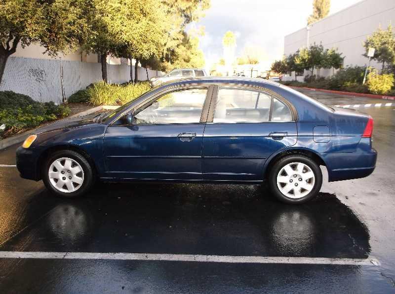 Honda Civic 2002 $2995.00 incacar.com