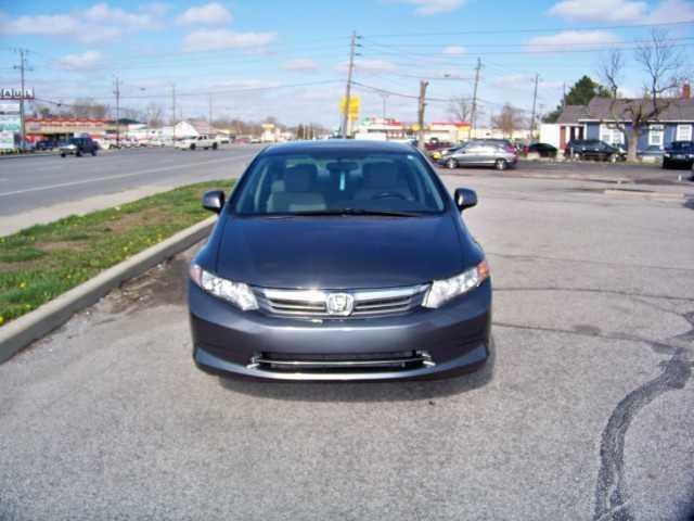Honda Civic 2012 $6000.00 incacar.com