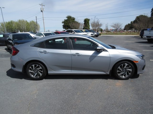 Honda Civic 2016 $17225.00 incacar.com