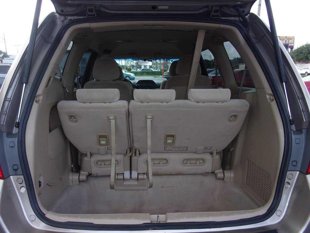 used Honda Odyssey 2007 vin: 5FNRL38237B080413