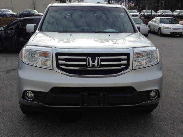 Honda Pilot 2013 $13988.00 incacar.com