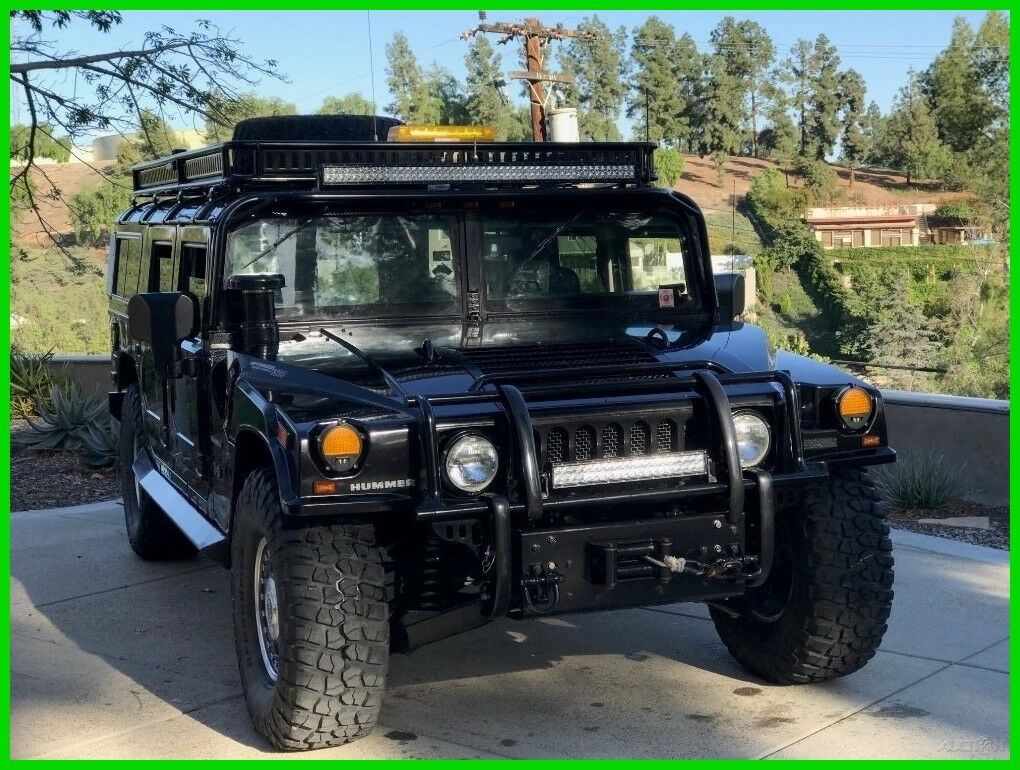 Hummer H1 2004 $90000.00 incacar.com