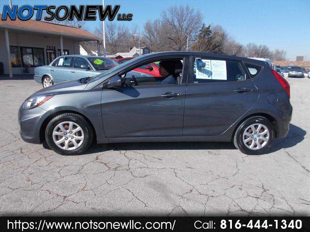 Hyundai Accent 2012 $2998.00 incacar.com