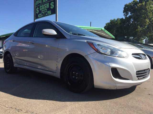 Hyundai Accent 2013 $4750.00 incacar.com