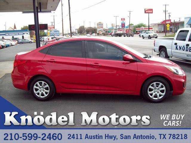 Hyundai Accent 2013 $4895.00 incacar.com