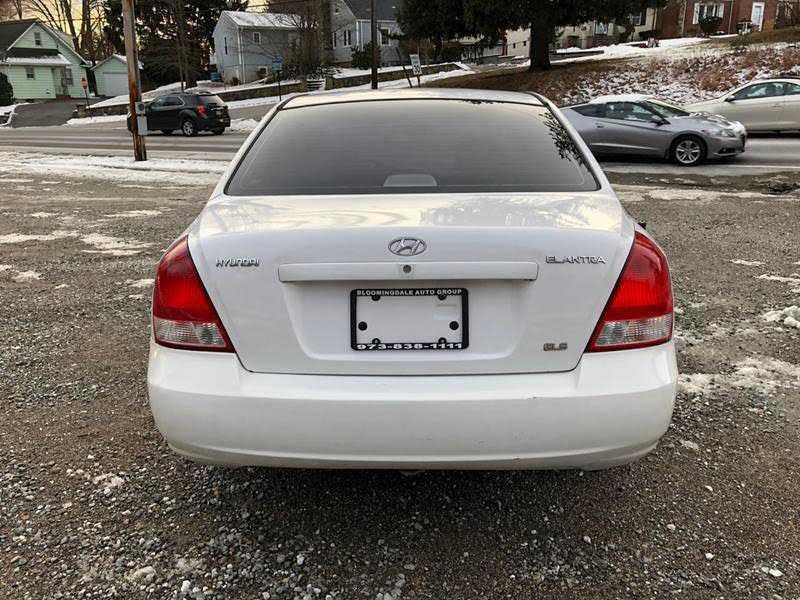 Hyundai Elantra 2002 $1495.00 incacar.com