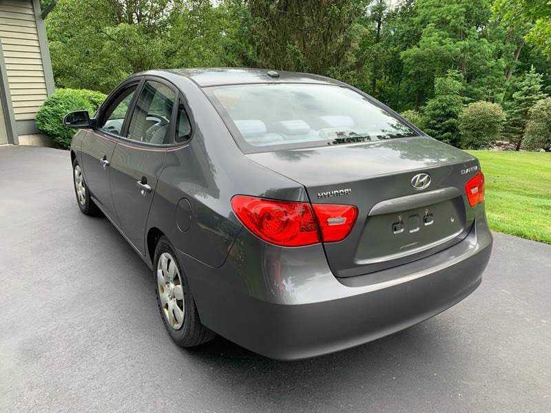 Hyundai Elantra 2007 $1000.00 incacar.com