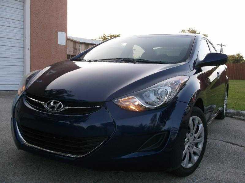 Hyundai Elantra 2011 $7999.00 incacar.com