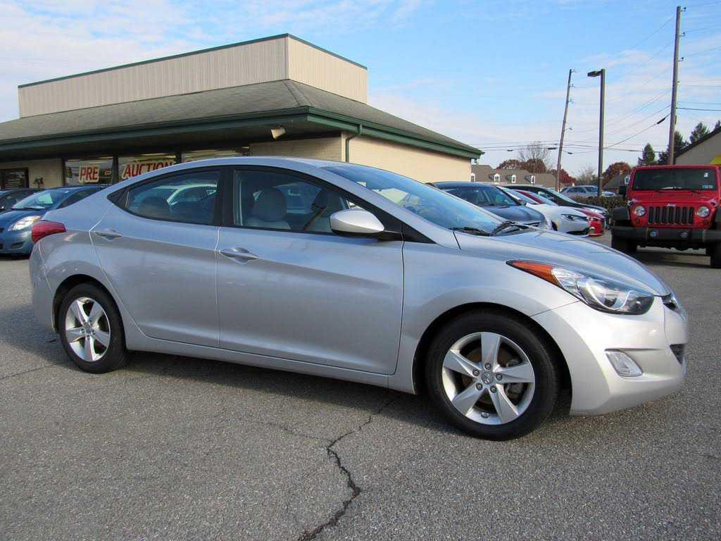 Hyundai Elantra 2013 $8999.00 incacar.com