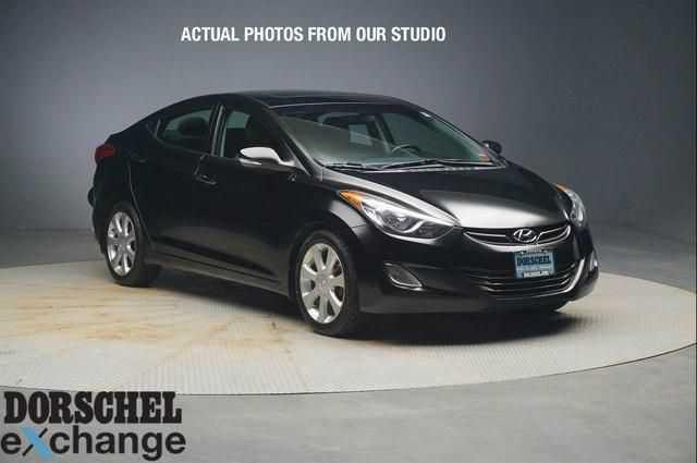 Hyundai Elantra 2013 $10000.00 incacar.com