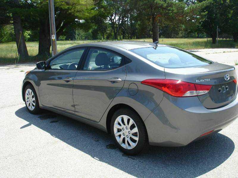 Hyundai Elantra 2013 $9770.00 incacar.com