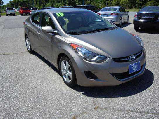 Hyundai Elantra 2013 $11995.00 incacar.com