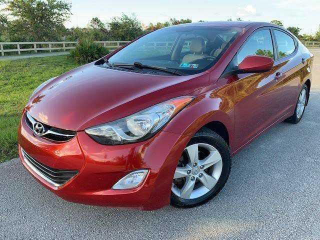 Hyundai Elantra 2013 $7490.00 incacar.com