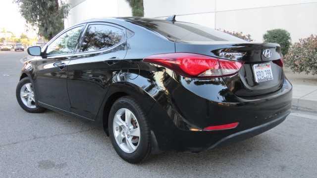Hyundai Elantra 2015 $8995.00 incacar.com